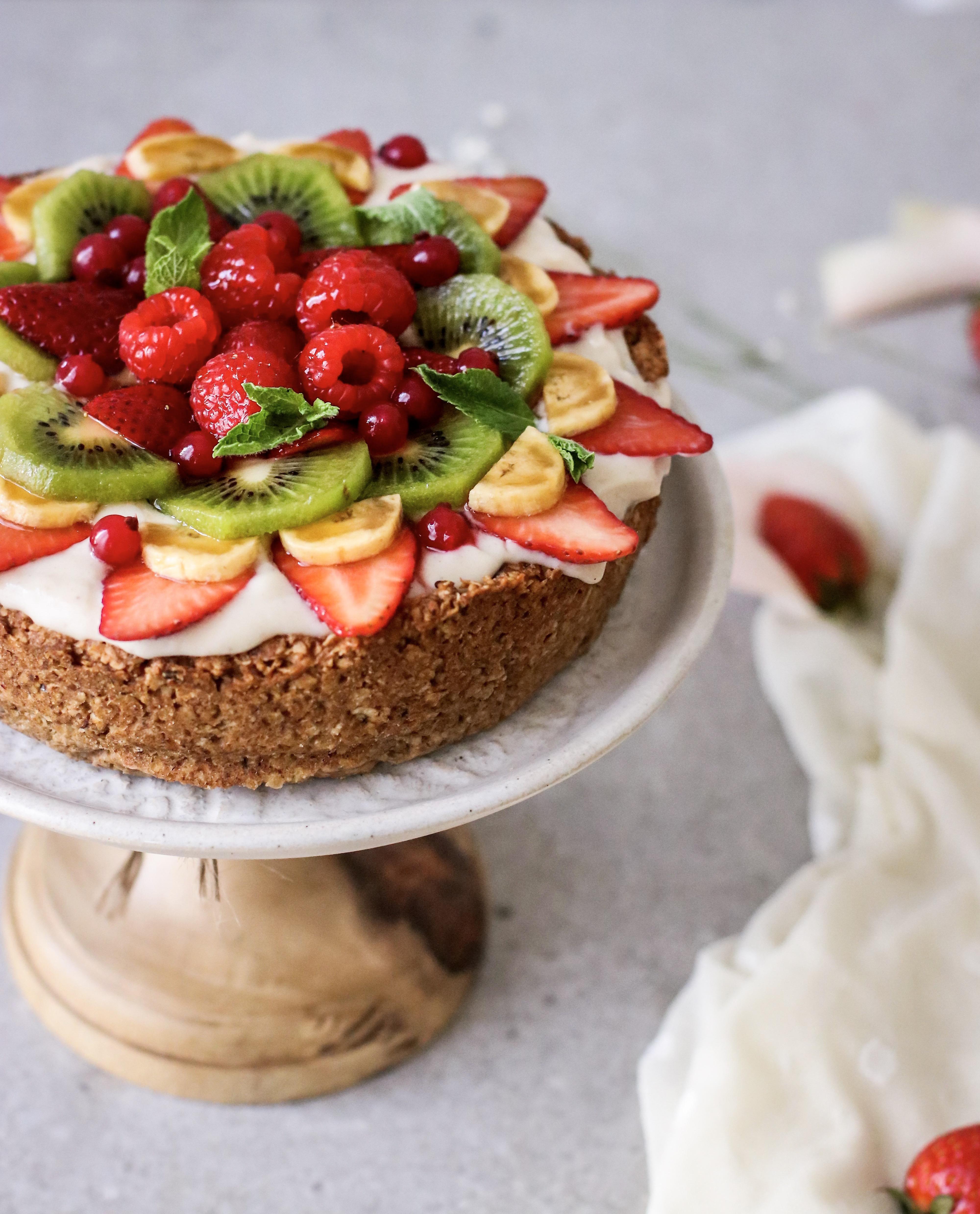 Tarta De Frutas Con Crema Pastelera En Versión Saludable